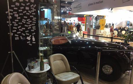 """Unsere """"Rover Chairs"""" am Genfer Autosalon 17309140 10155185087404954 480968687490841147 N Buma Möbelklassiker Vintage-Klassiker und Designermöbel Möbel Olten Zürich Schweiz"""
