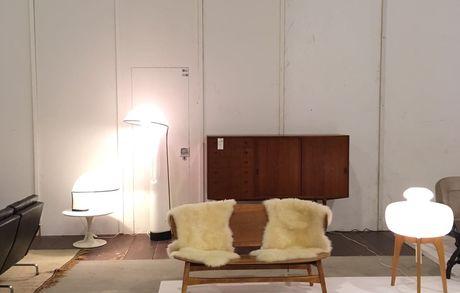 Les puces du Design in Lausanne Img 1926 Buma Möbelklassiker Vintage-Klassiker und Designermöbel Möbel Olten Zürich Schweiz