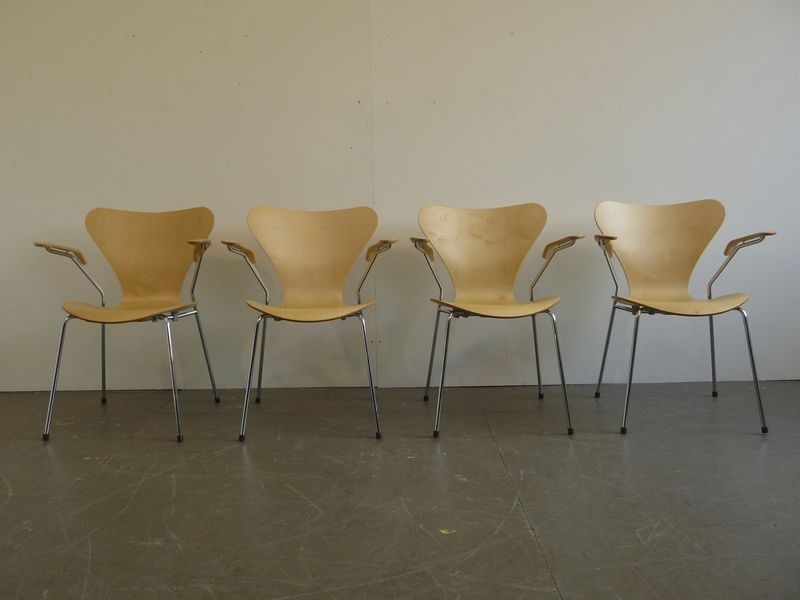 st hle arne jacobsen st hle buma design olten bern z rich schweiz. Black Bedroom Furniture Sets. Home Design Ideas
