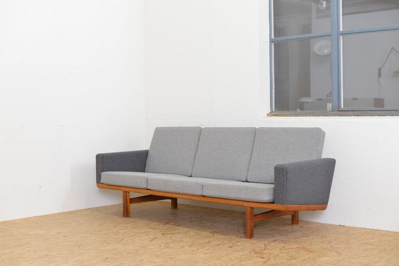 Sofa GE 236 Hans J. Wegner Sofas/Sessel   Buma Design Olten Bern ...